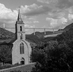 Noir et blanc - Thierry Pousset - Photographe professionnel - Noir et blanc - Argentique - Ilford - Kodak - Viaduc de Millau